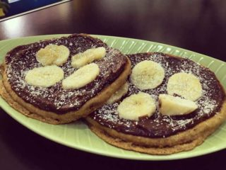 Američka palačinka čoko-lešnik namaz, banana Green Vibes dostava