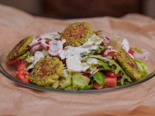 Salatat bil falafel Byblos Express dostava