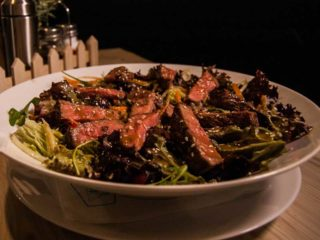 Thai ramstek salata dostava