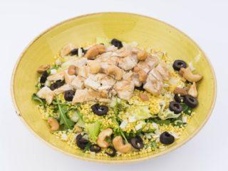 Salata sa ćuretinom i prosom Fit Bar Nušićeva dostava