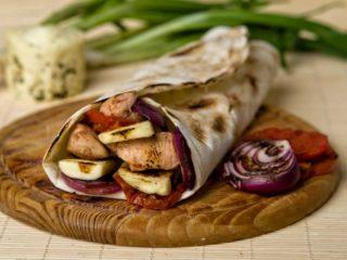Halumi bacon sendvič Byblos Express dostava