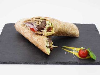 Tortilla wraped beef burger with smoked cheese dostava