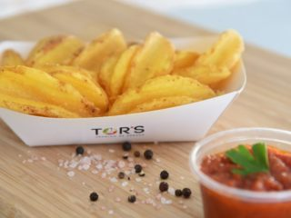 Hrskavi krompirića + crveni Tor's sos dostava