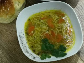 Chicken soup Pitolino delivery