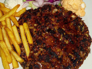 Meraklijska pljeskavica porcija Boki Grill dostava