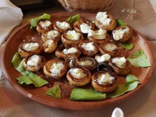 Stuffed mushrooms with kajmak Mali Balkan delivery