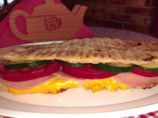 Toast sandwich Njupko Roštiljnica delivery