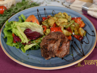 Grilled beefsteak with grilled vegetables Fontana Restoran delivery