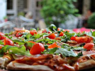 Montenegrina pica Cyrano Caffe Pizzeria dostava