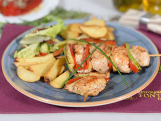 Chicken skewers with vegetables delivery