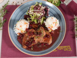 Chicken fillet in cherry sauce Fontana Restoran delivery