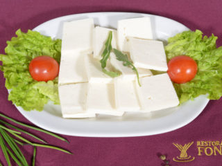 Slices of white cheese Fontana Restoran delivery