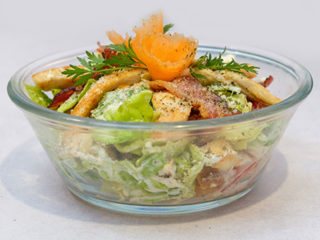 Cezar salata Kafe Restoran Milutin dostava