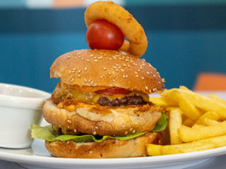 Dupli burger Kafe Restoran Milutin dostava