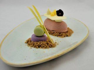 Ljubičasto kolač Šonda Gastro Bar (Mona Plaza) dostava