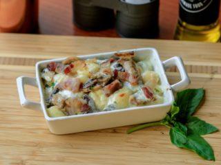 Zapečene njoke sa pršutom ili slaninom Delight pasta gastro bar dostava