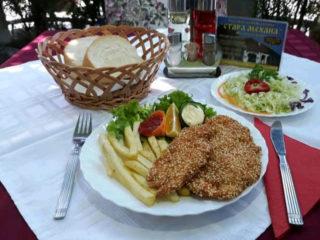 Pohovana piletina sa susamom Stara Mehana dostava