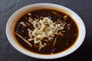 5. Hot n sour soup with vegetables dostava