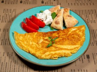 Omelette with vegetables delivery