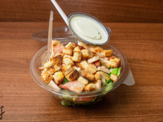 Caesar salad dostava