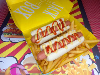 2x Hot dog Jack In The Box dostava