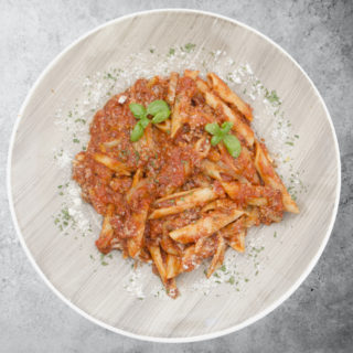Bolognese pasta Fabrika pizze delivery