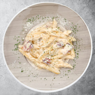 Carbonara pasta Fabrika pizze delivery