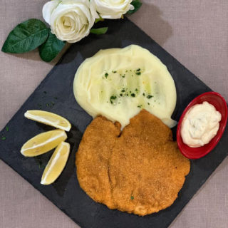 Viennese chicken steak with mashed potatoes Vila Bela Ruža delivery