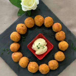 Fried balls with cheese and bacon Vila Bela Ruža delivery