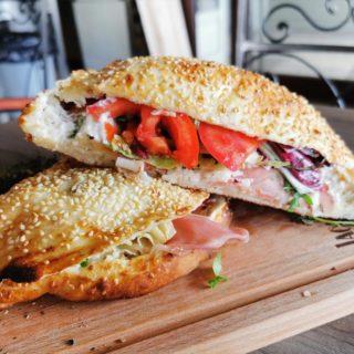 Pršuta sendvič Znači Taverna dostava