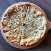 Quatrro formaggio pizza