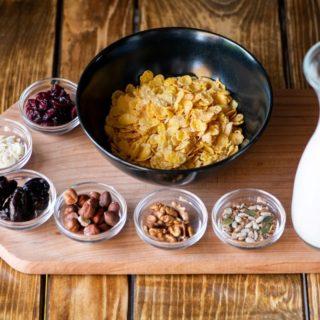 Musli jogurt Revolucija Kroasan Bar dostava