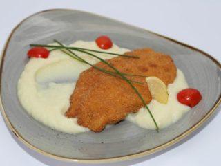 Bečka svinjska šnicla obrok Moderna domaćica dostava