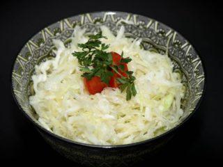 Kupus rendani salata porcija – posno Moderna domaćica dostava