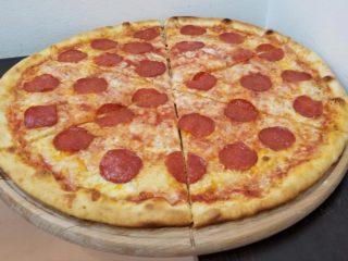 Pepperoni pica Verona Cut dostava