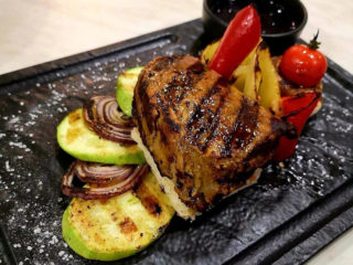 Biftek na žaru Barka Restoran dostava