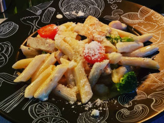 Penne with chicken and broccoli Barka Restoran delivery