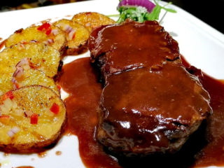Ramsteak in red wine sauce Barka Restoran delivery