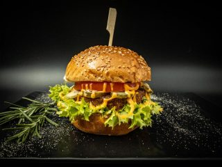 Klasik burger Vegapčić dostava