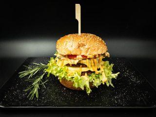 Dupli čizburger Vegapčić dostava