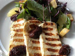 Grilovani Halumi sir sa džemom od maline i tartufa Diana Restoran dostava