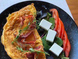 Omlet sa sirom Diana Restoran dostava