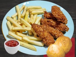 Crunch chicken with french fries Salaš 011 delivery