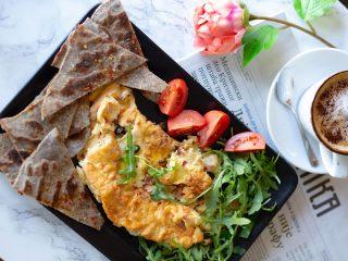 Omlet slanina sa tortiljom Pasta Bar Novi Beograd dostava