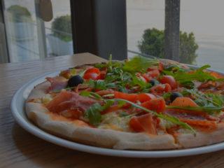 Pica sa pršutom i rukolom Godo Splav Restoran dostava