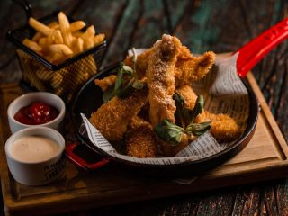 Chick  and  chips Capanna Bar delivery