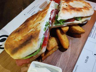 Doručak sendvič Basement Bar dostava