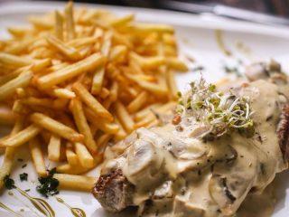 Fillet in mushrooms sauce Skočko delivery