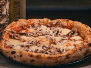 Funghi Napolitana Pizza dostava
