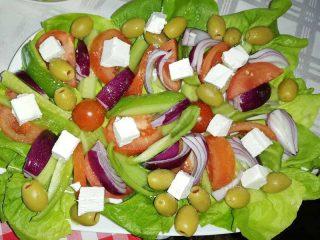 Greek salad Stara Promenada delivery